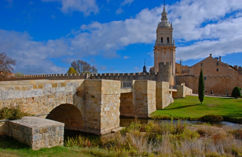 El Burgo de Osma Bridge and Cathedral