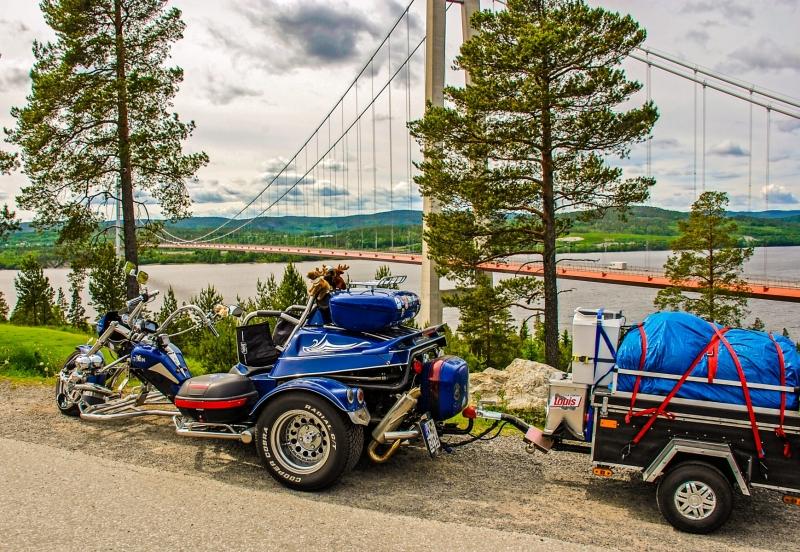 Hogakustenbron and German Trike