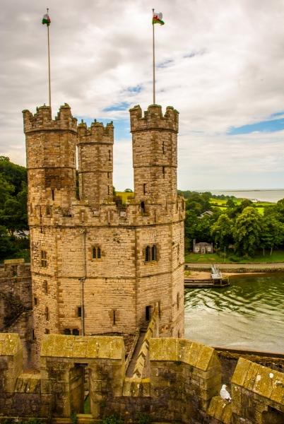 Queen's Gate, Caernafon Castle